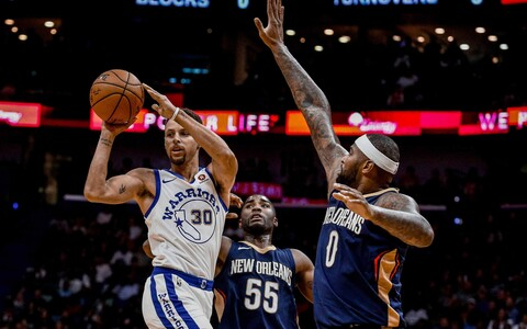 Stephen Curry, Twaun Moore, DeMarcus Cousins