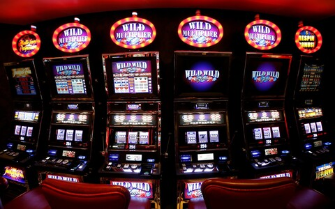 The planned casino would include 20 slot machines.