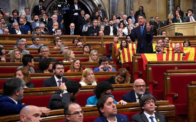 Дебаты в парламенте Каталонии