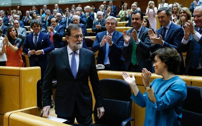 Премьер-министр Мариано Рахой в парламенте Испании
