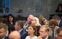 Tallinna linnavolikogu kogunes esimesele istungile. Pildi keskel aseesimeheks valitud Mart Luik.