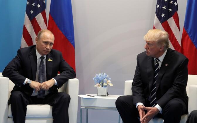 Vladimir Putin ja Donald Trump 7. juulil Hamburgis G20 tippkohtumise ajal.