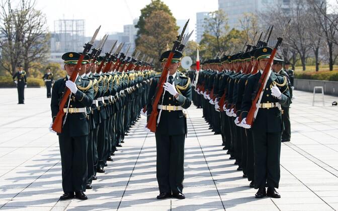 Jaapani kaitsejõudude kaardiväelased Tokyos.