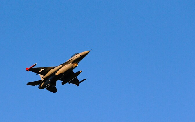 Belgia õhuväe hävituslennuk F-16.