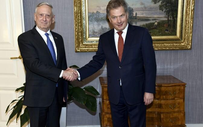 USA kaitseminister James Mattis kohtus Helsingis Soome presidendi Sauli Niinistöga.