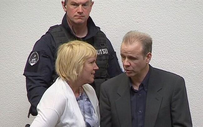 Ассар Паулус (справа) отбывает срок в Вируской тюрьме.