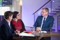 Катри Райк и Александр Ефимов в студии порталов ERR c ведущим Артуром Тооманом (слева).
