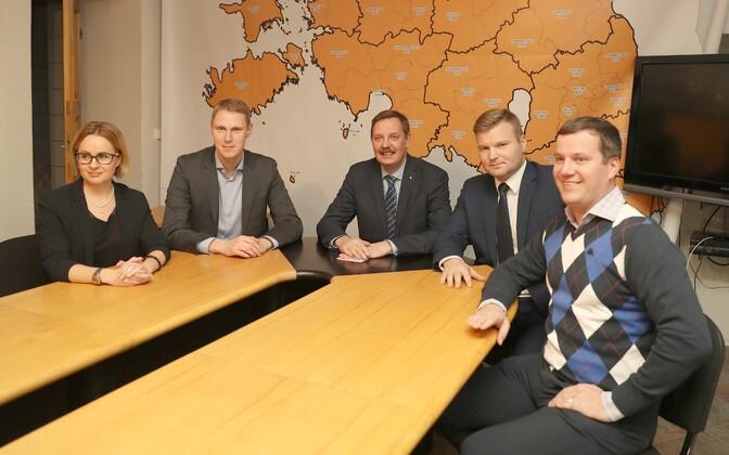 Maria Jufereva, Raimond Kaljulaid, mayor Taavi Aas, Lauri Laats and Marek Jürgenson.
