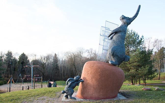 Tauno Kangro skulptuur Laagris