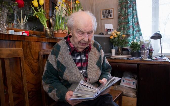 Arved Tamm oma 106. sünnipäeval.