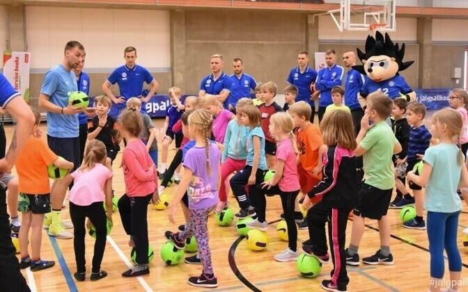 Jalgpall kooli! projekt 2017 Jüri gümnaasiumis