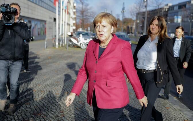 Меркель поведала, как идут переговоры посозданию нового кабмина