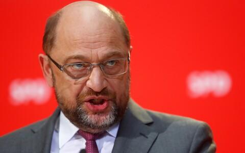С заявлением в штаб-квартире социал-демократов выступил лидер СДПГ Мартин Шульц.
