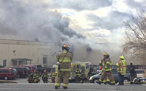 Взрыв на фабрике косметики в штате Нью-Йорк.