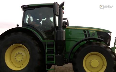Isesõitev traktor