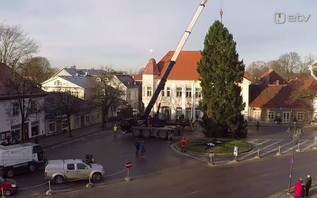 Kuressaare jõulupuu