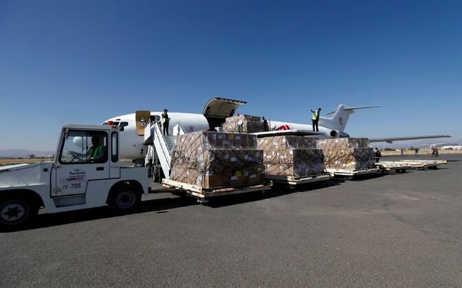 Jeemenisse jõudsid esimesed humanitaarabi saadetised.