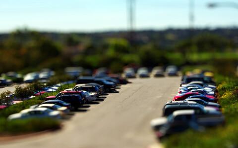 Kui auto on kaasaskantav tehnika, siis kuidas käsitleda kaasaegset kaubanduskeskuse parklat?
