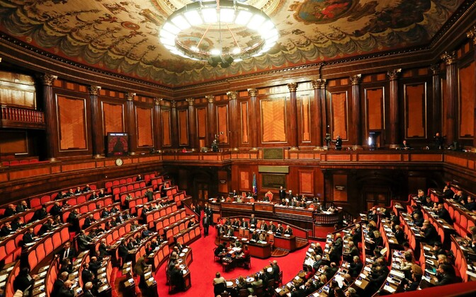 Itaalia senat.