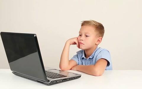 Enamik Eesti lastest tunneb end internetis enesekindlalt ja turvaliselt.