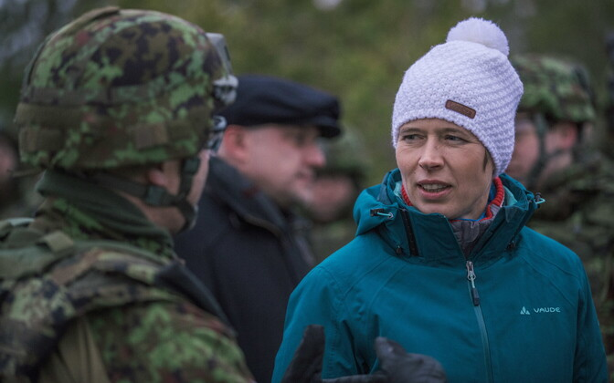 President Kersti Kaljulaid visiting the snap exercise Okas (