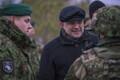 President Kersti Kaljulaid ja kaitseminister Jüri Luik külastasid õppust Okas.