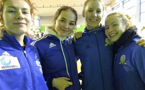 Eesti naiskadettide koondis (vasakult): Carmen-Lii Targamaa, Kärol-Liina Glinkin, Madli Palk, Anne-Mai Melles