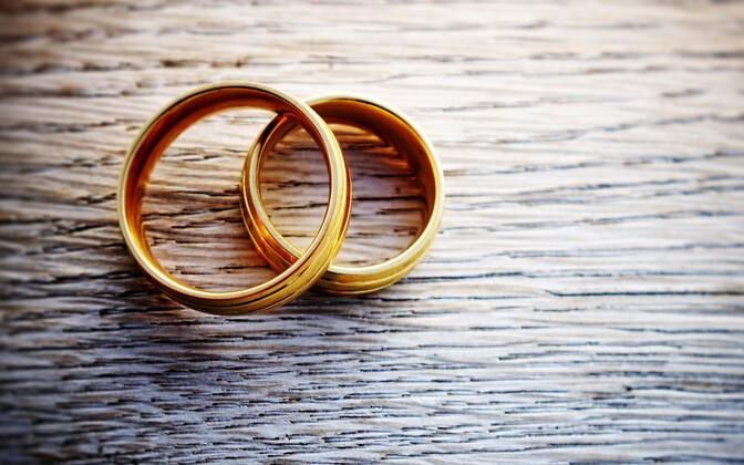 Abielusõrmused
