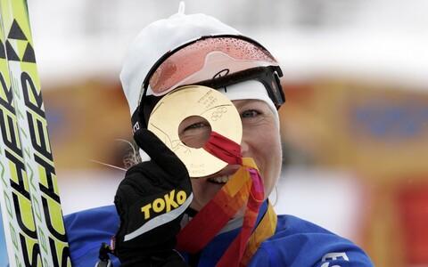 Кристина Шмигун-Вяхи завоевала на Олимпиаде в Турине две золотые медали.