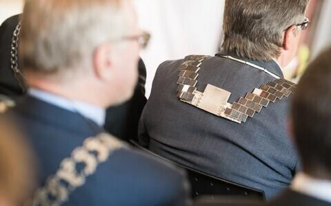 Eesti kõrgharidus on rahvusvahelises võrdluses rahastamise alusel liigitatud surve all olevaks kahanevaks kõrgharidussüsteemiks.