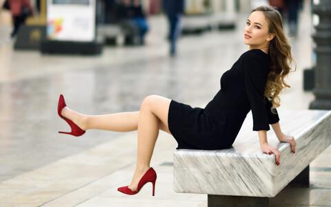 Maailmas laineid löönud uuring, mis väitis, et kõrgeid kontsi kandvad naised on seksikamad, ei vasta tõele.