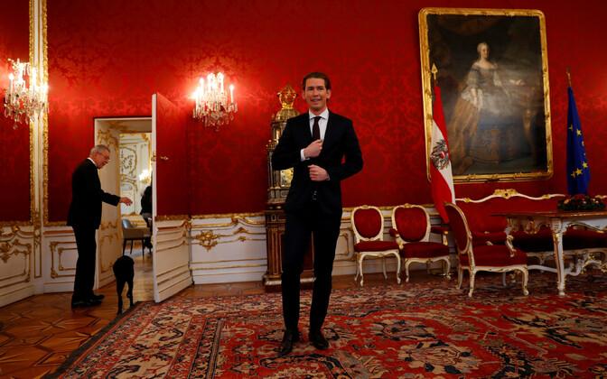 Austria Rahvapartei juht Sebastian Kurz 14. detsembril pärast kohtumist president Alexander Van der Belleniga.