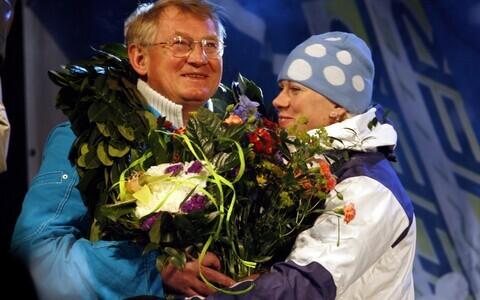 Anatoli Šmigun ja Kristina Šmigun-Vähi 2006. aastal Torino olümpiavõitjate vastuvõtul.