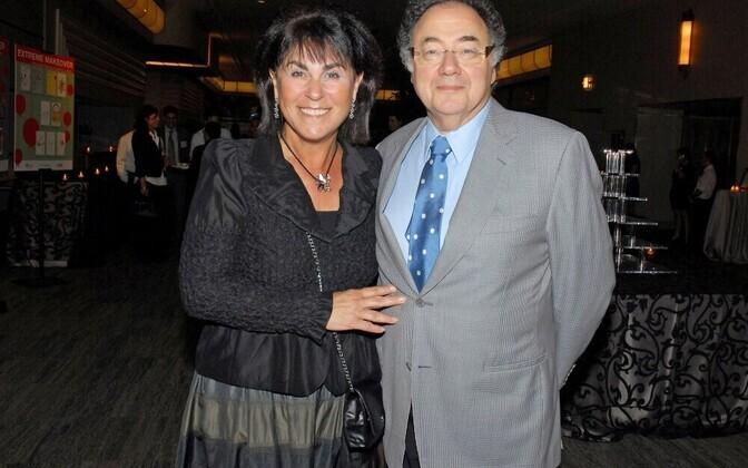 Канадский миллиардер найден мертвым вместе с супругой всвоем доме