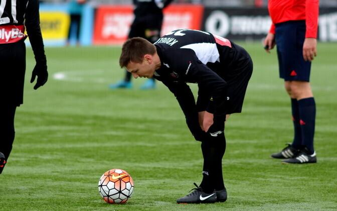 Дмитрий Круглов - один из футболистов, успевших поиграть как в