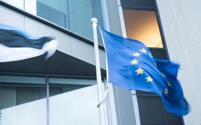 В среднем по Евросоюзу этот показатель составляет 48%.