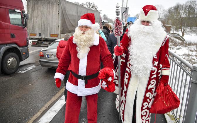 Встреча Санта-Клауса и Деда Мороза в Нарве, 2017 год.