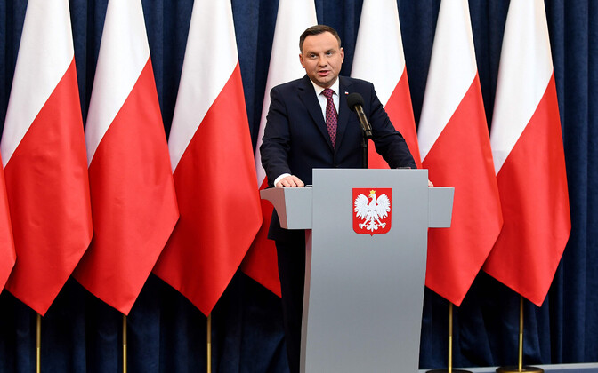 Poola president Andrzej Duda 20. detsembril ajakirjanike ees.