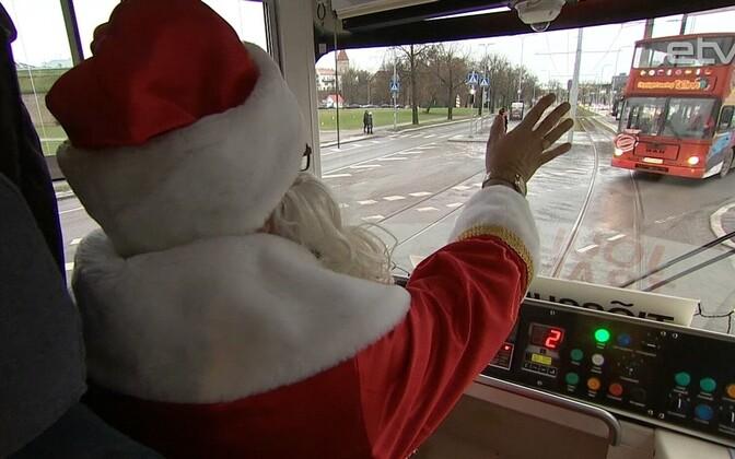 Рождественский трамвай.
