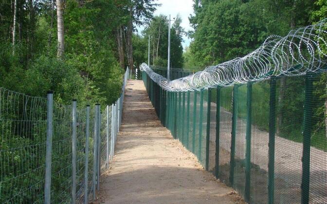 Тестовый участок ограждения на эстонско-российской границе.