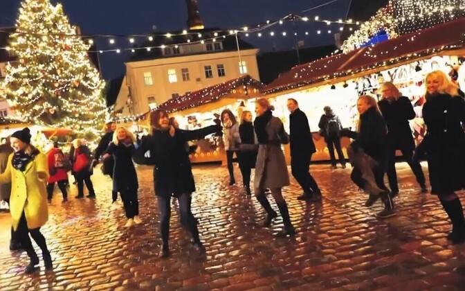 Soomlased kingivad Eestile tantsukampaania