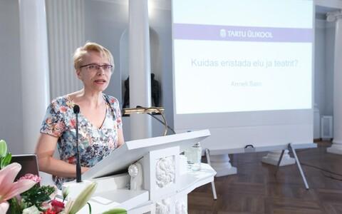 Anneli Saro inauguratsiooniloeng Tartu ülikoolis.