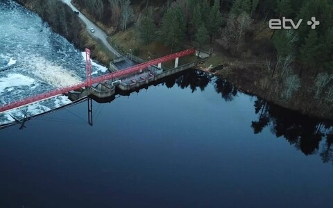 Linnamäe hüdroelektrijaam ja paisjärv.
