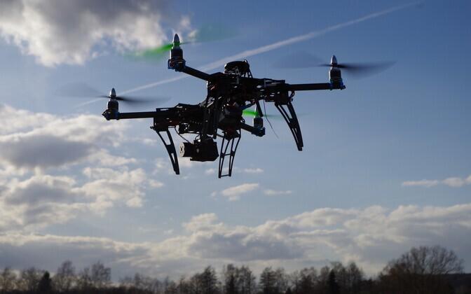 Восточную границу Эстонии будут охранять дроны.