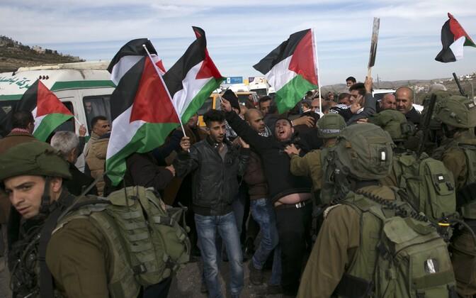Palestiinlased meeleavaldusel detsembri lõpus.