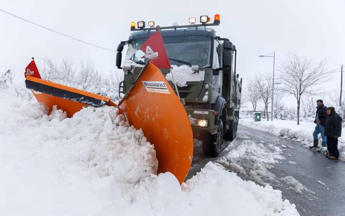 Lumesahk Segovia maanteel 7. jaanuaril.