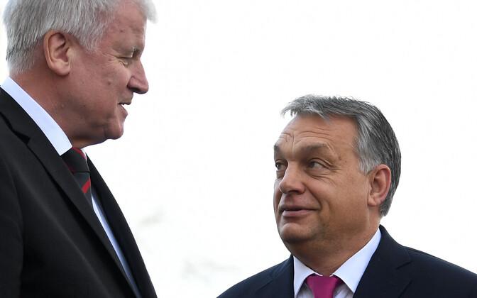 Ungari peaminister Viktor Orban (paremal) ja CSU juht Horst Seehofer 5. jaanuaril Saksamaal.