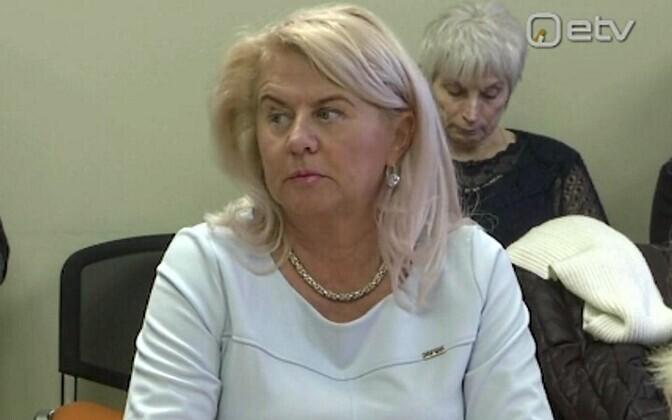 Нийна Негласон состоит в Партии реформ с 2005 года.
