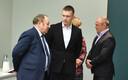 Руководитель Narva-Bark Виктор Истратов (слева), мэр Нарва-Йыэсуу Максим Ильин (в центре) и руководитель IVITEX OÜ Анатолий Илькевич (справа).