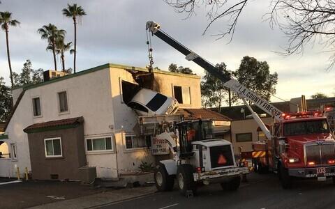 Kummaline avarii Orange'i maakonnas Santa Ana linnas 14. jaanuaril.